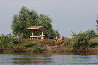 Любительское рыболовство и отдых на Припяти